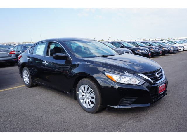 new 2017 nissan altima 2 5 s 2 5 s 4dr sedan midyear release in north aurora 56501 gerald. Black Bedroom Furniture Sets. Home Design Ideas