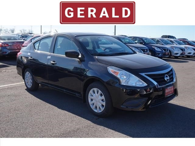 New 2018 Nissan Versa S PLUS CVT